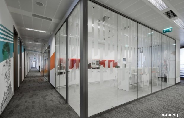 Photo #1 Office for rent in Warsaw, Rondo ONZ 1